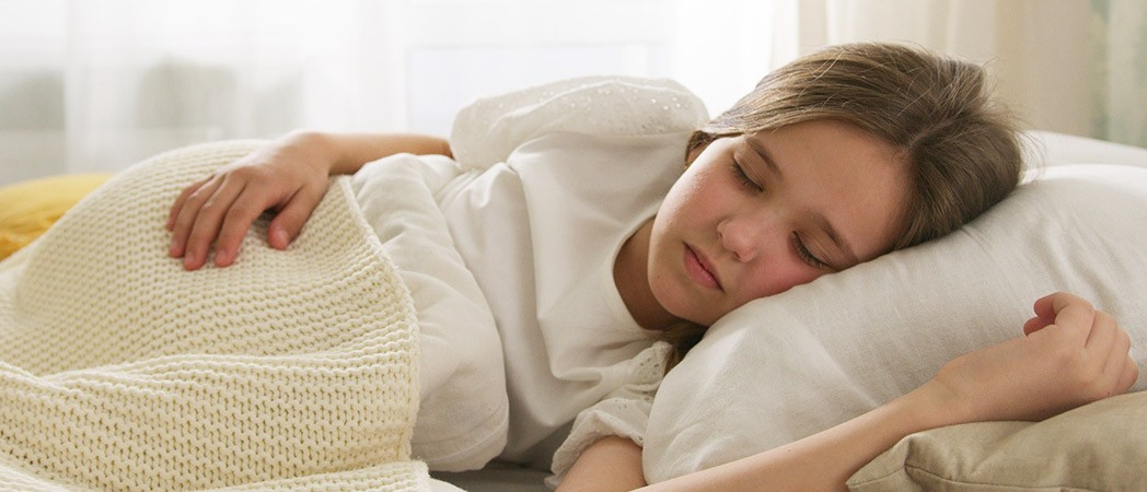 Bedwetting: Why is my child peeing on the bed and how can I help him?