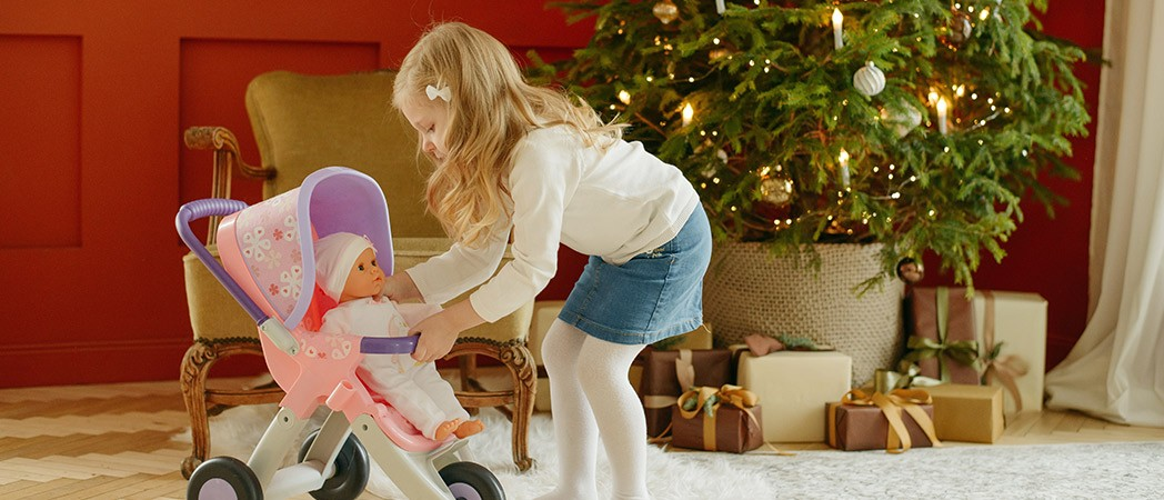 Christmas, the best time to teach our children the importance of family unity.